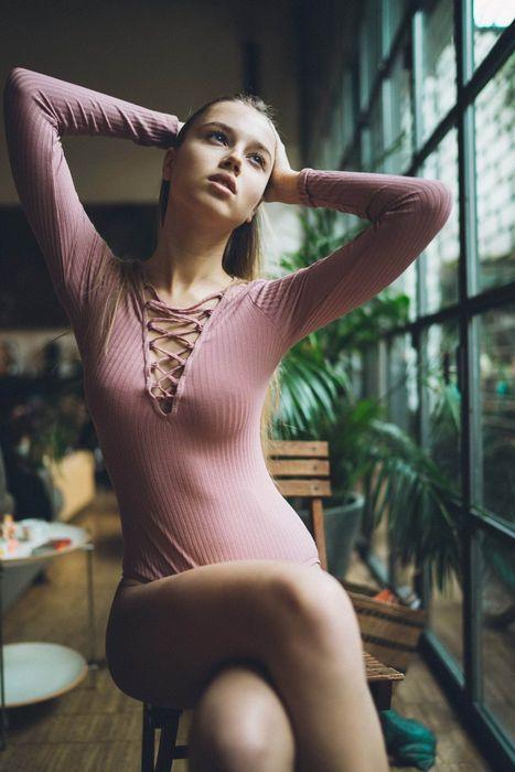 Порно Модели В Одежде